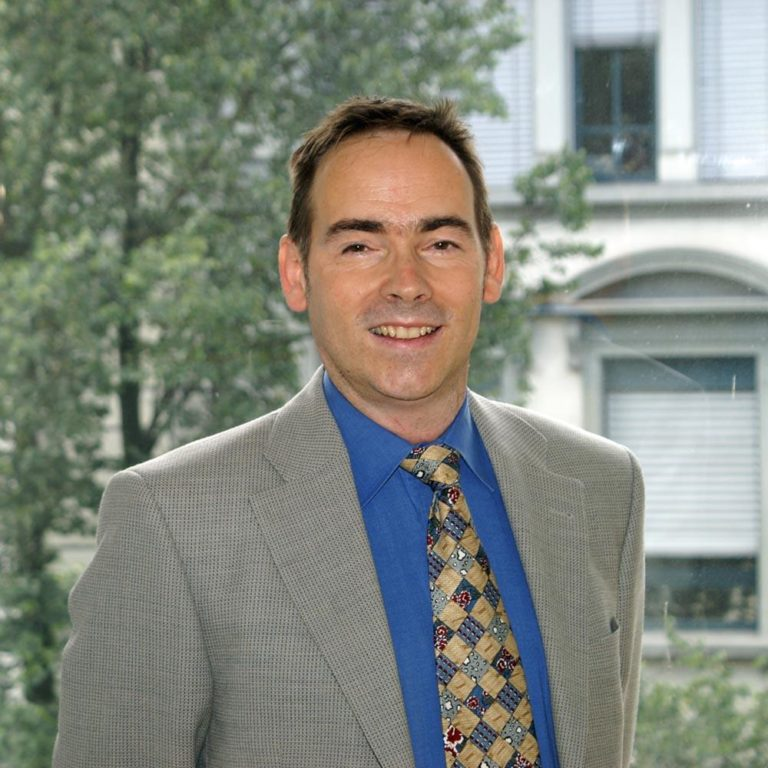 Portraitbild von Philipp Egli, Geschäftsführer Apitec AG